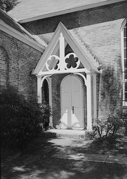 File:OldChristChurchSouthPorch1962.jpg